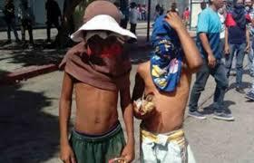 Caracas, bambini  «guarimberos»