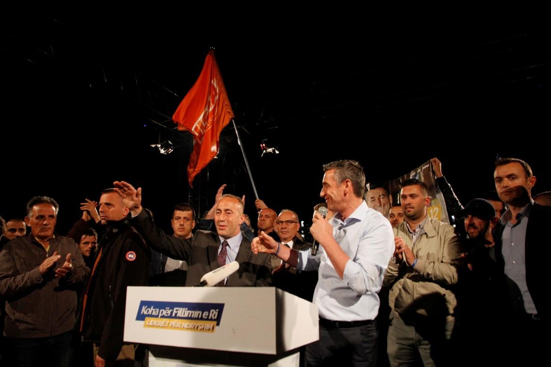 Ramush Haradinaj a un raduno del Pdk