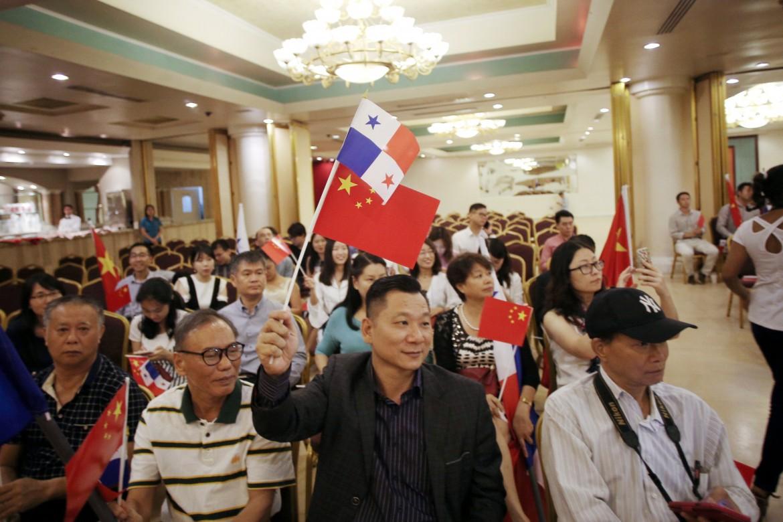 Celebrazioni per la riprese delle relazioni diplomatiche tra Cina e Panama