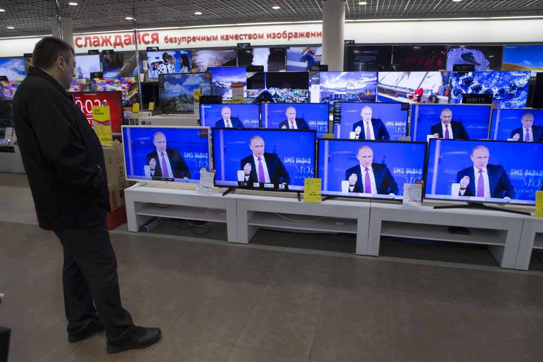 L'intervista a Putin negli Studi del primo canale russo
