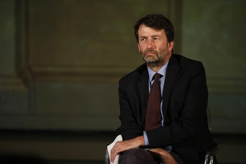 Il ministro della Cultura Franceschini ha proposto la Netflix della cultura