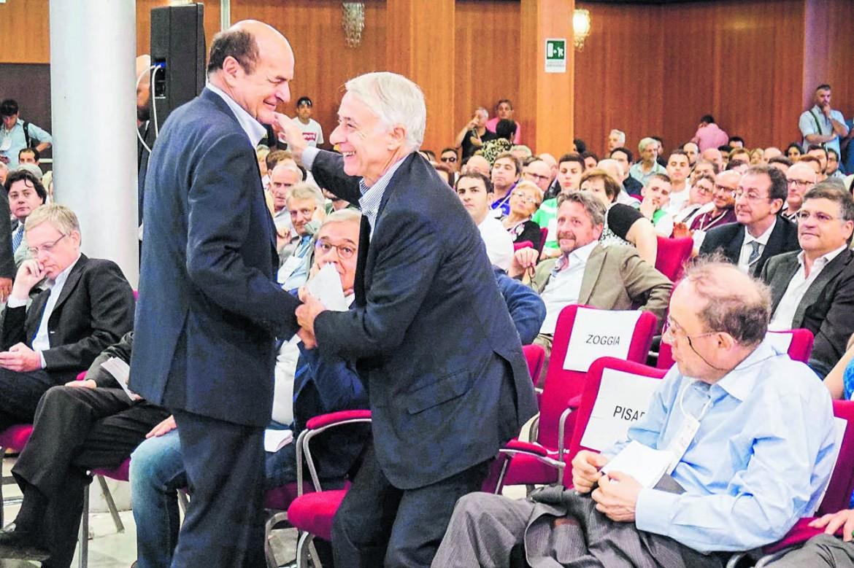 Giuliano Pisapia, ex sindaco di Milano e Pier Luigi Bersani