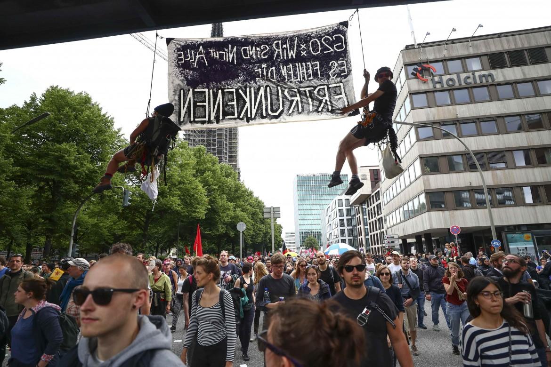Le proteste durante l'ultimo G20 ad Amburgo, in Germania