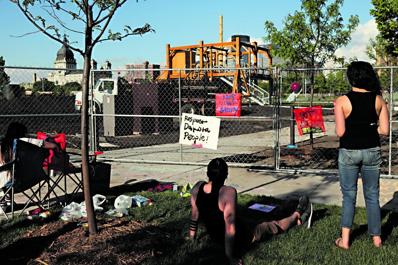 Sculpture Garden del Walker Art Center di Minneapolis, proteste di indiani Dakota contro «Scaffold» di Sam Durant
