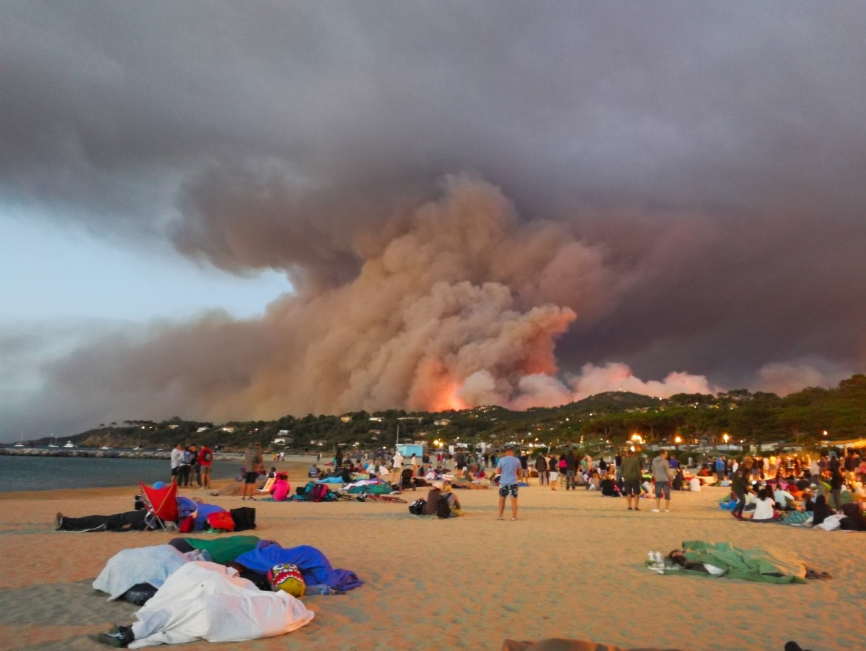 Incendi lungo la Costa Azzurra
