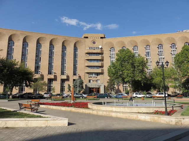 Yerevan, architettura modernista post sovietica