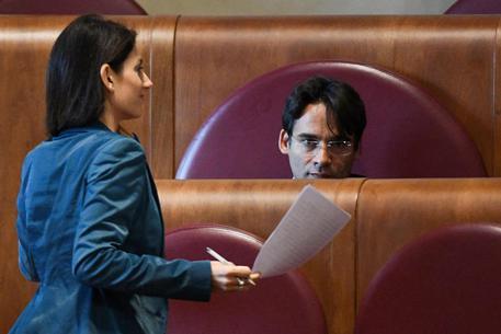 La sindaca di Roma Virginia Raggi e l'assessore al Bilancio Andrea Mazzillo