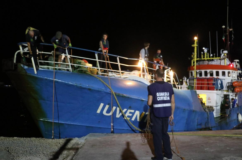 La nave Iuventa sequestrata ieri a Lampedusa