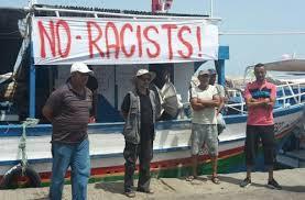 pescatori sul molo di Sfax