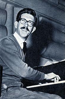 Bruno Canfora, sotto con Mina a Studio Uno. In basso le gemelle Kessler con Don Lurio