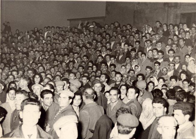 Un'immagine  in bianco e nero  che risale ai giorni dell'occupazione della miniera di Montevecchio nell'aprile 1961