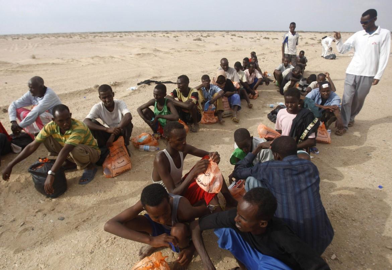 Rifugiati somali ed eritrei arrivati in Yemen via mare dalla Somalia