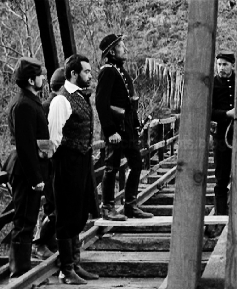 Da An Occurrence at Owl Creek Bridge, 1962, il cortometraggio di Robert Enrico tratto dall'omonimo racconto di Bierce