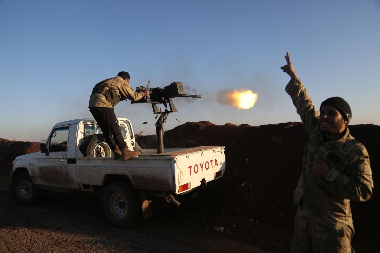 Miliziani dell'Esercito Libero ad Afrin