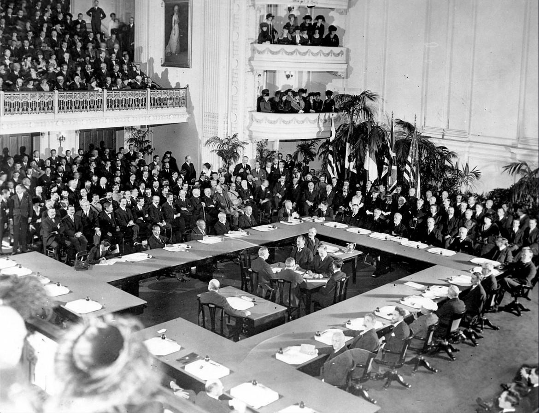1919, i lavori per redigere i Trattati di Versailles dopo la Prima guerra mondiale