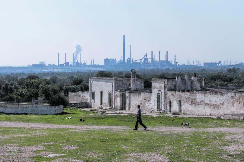 L'Ila di Taranto vista dalla Masseria Carmine