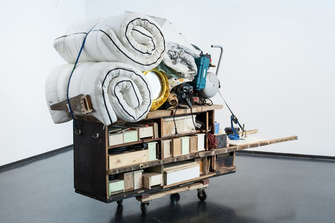 «Theater Gates, Migration Rickshaw for Sleeping, Playing, and Building», Museum of Contemporary Art (Chicago, 2013)