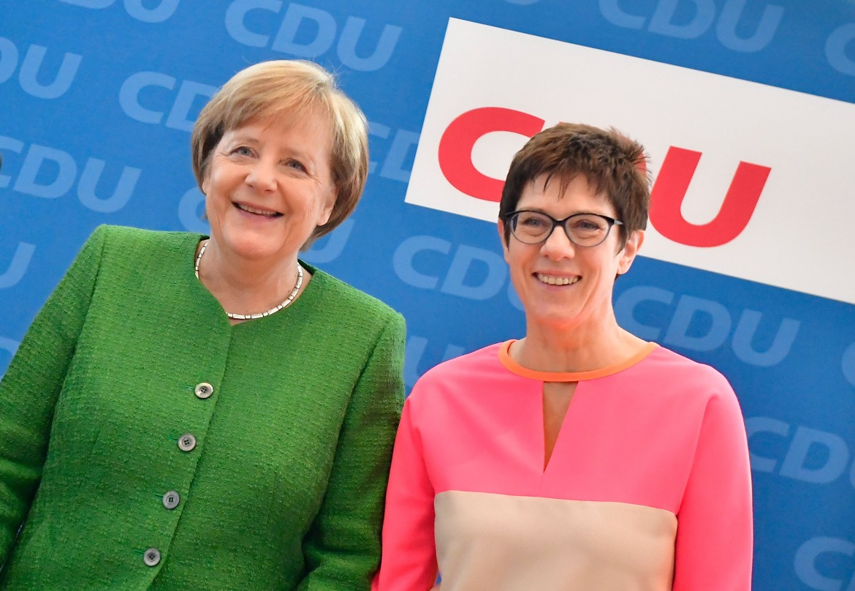 Angela Merkel e Annegret Kramp-Karrenbauer