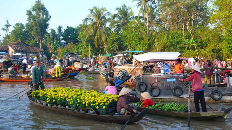 Vietnam, tra la miriade  di mercati fluviali vicino Ho Chi Minh City