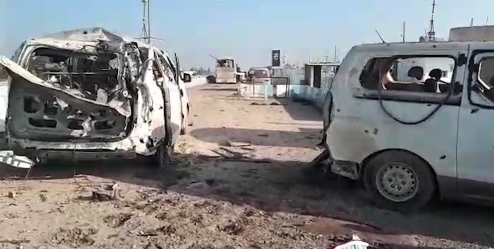 La carovana per Afrin colpita dai jet turchi