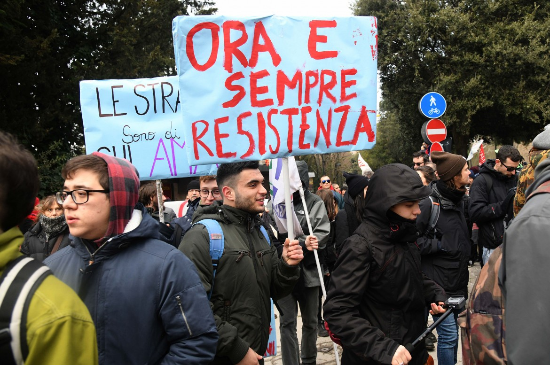 Un presidio antifascista