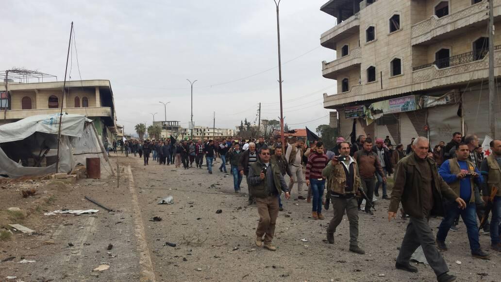 Una marcia ad Afrin contro l'attacco della Turchia