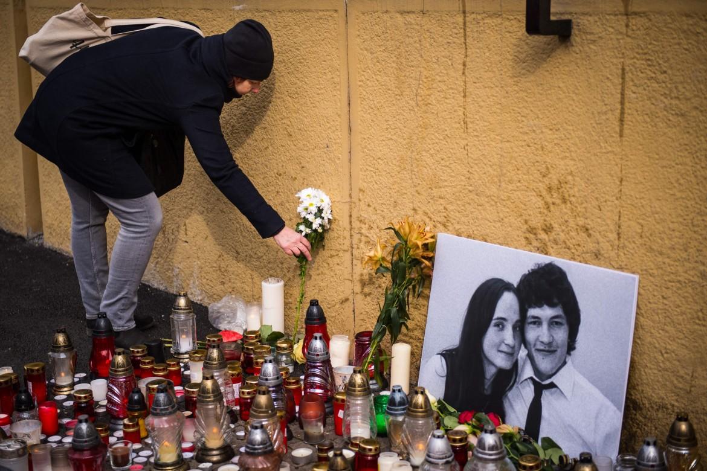Fiori in ricordo del giornalista Jan Kuciak