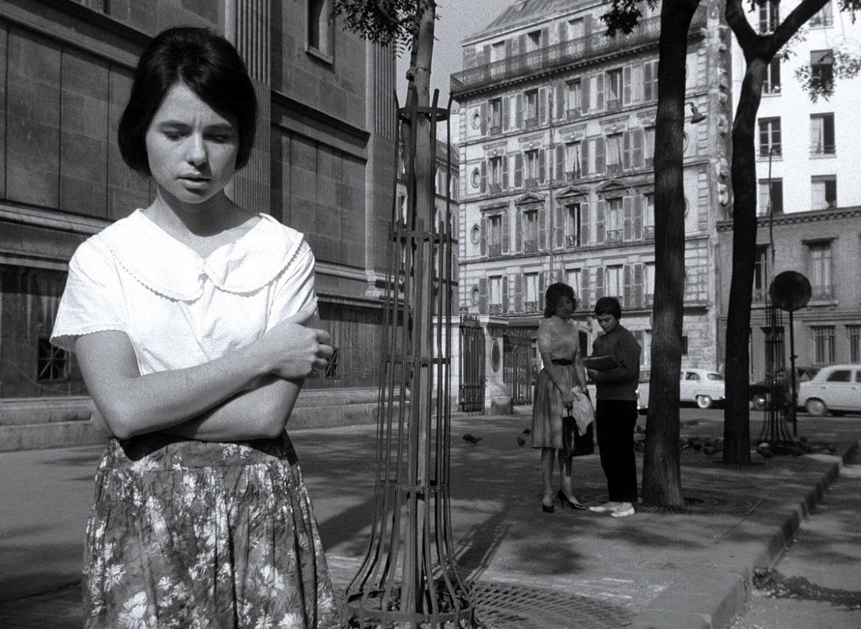 un fotogramma tratto da Paris nous appartient, di Jacques Rivette