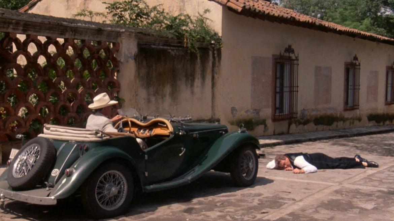 Una scena  da Under the Volcano, diretto da John Huston nel 1984
