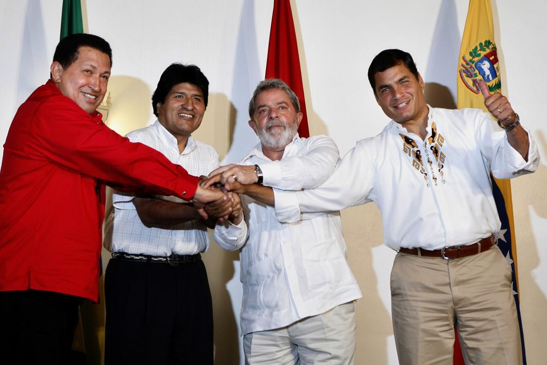 Manaus, settembre 2008, da sinistra, i presidenti: Hugo Chavez del Venezuela, Evo Morales della Bolivia, Inacio Lula da Silva del Brasile, Rafael Correa dell'Ecuador
