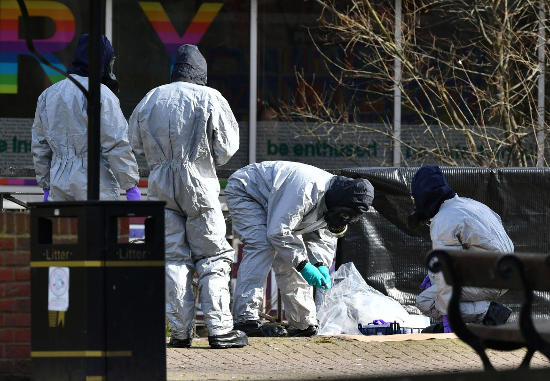 Salisbury, le «indagini» della polizia scientifica