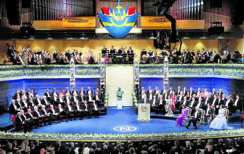 La famiglia reale svedese alla cerimonia del Nobel, nel dicembre dello scorso anno, alla Concert Hall di Stoccolma