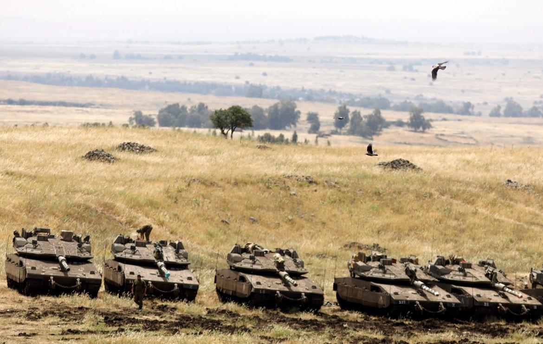 Carri armati israeliani sul Golan