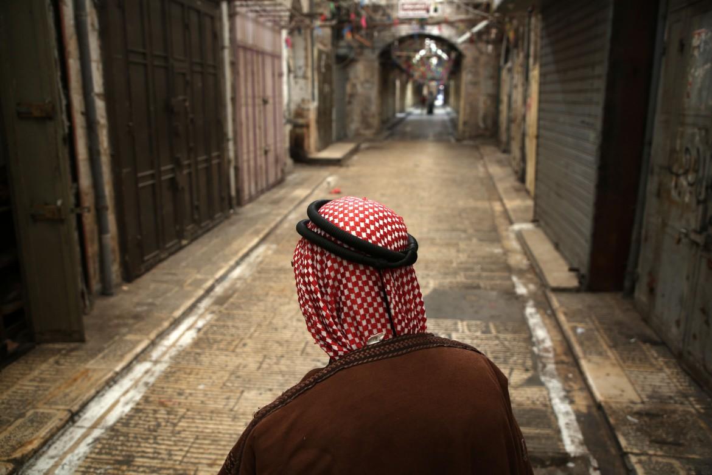 Negozi chiusi ieri nella Città Vecchia di Nablus per lo sciopero generale