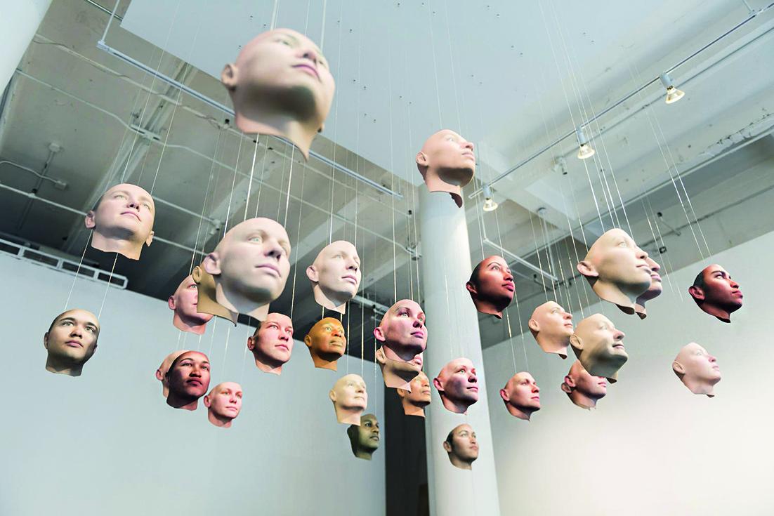 Un'installazione di Heather Dewey Hagborg
