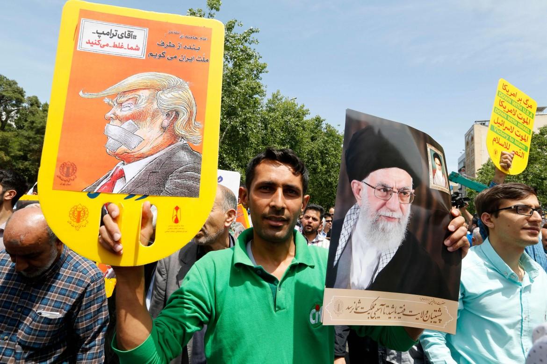 Manifestazione anti Trump a Teheran