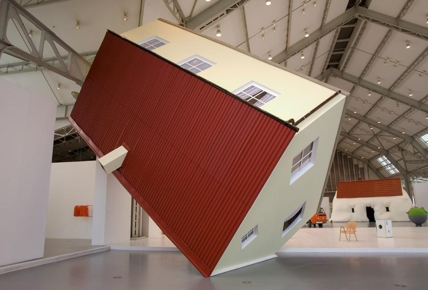 Erwin Wurm, installazione del 2007