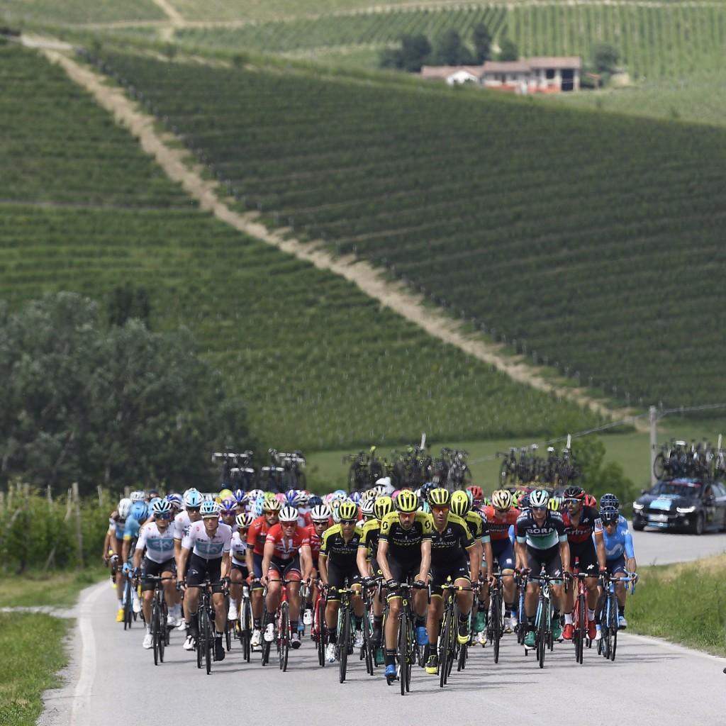 Giro d'Italia, tappa 18: Abbiategrasso - Prato Nevoso