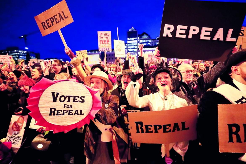 Dublino, manifestazione per abrogare l'VIII emendamento