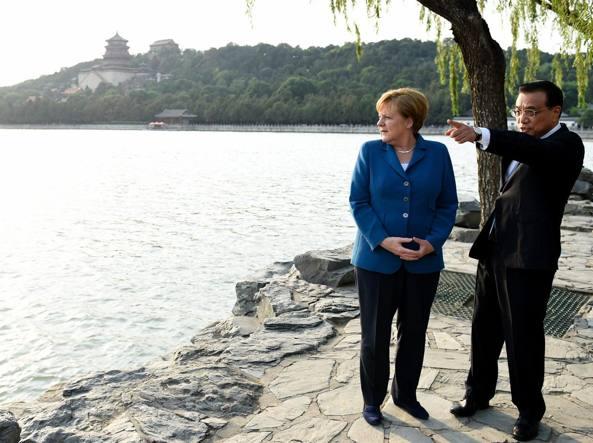 Angela Merkel e il primo ministro cinese Li Keqiang a Pechino