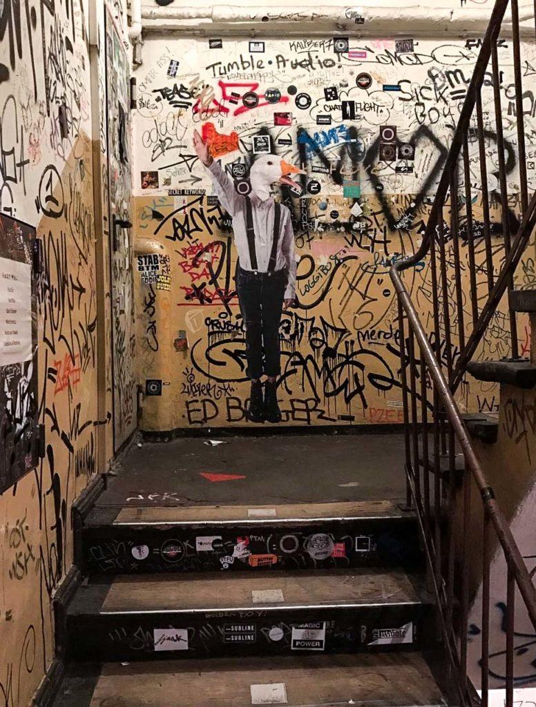 Street art anti-nazista a Berlino firmata da Bifido