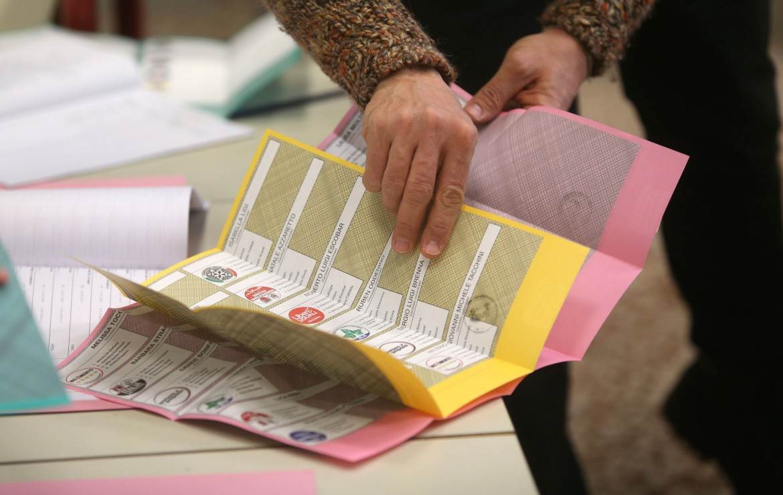 Schede elettorali, si riapre il dibattito sul sistema di voto