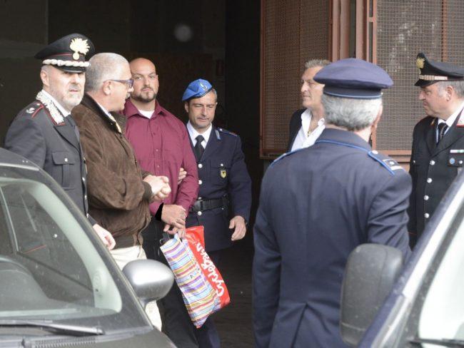 Luca Traini viene condotto in tribunale