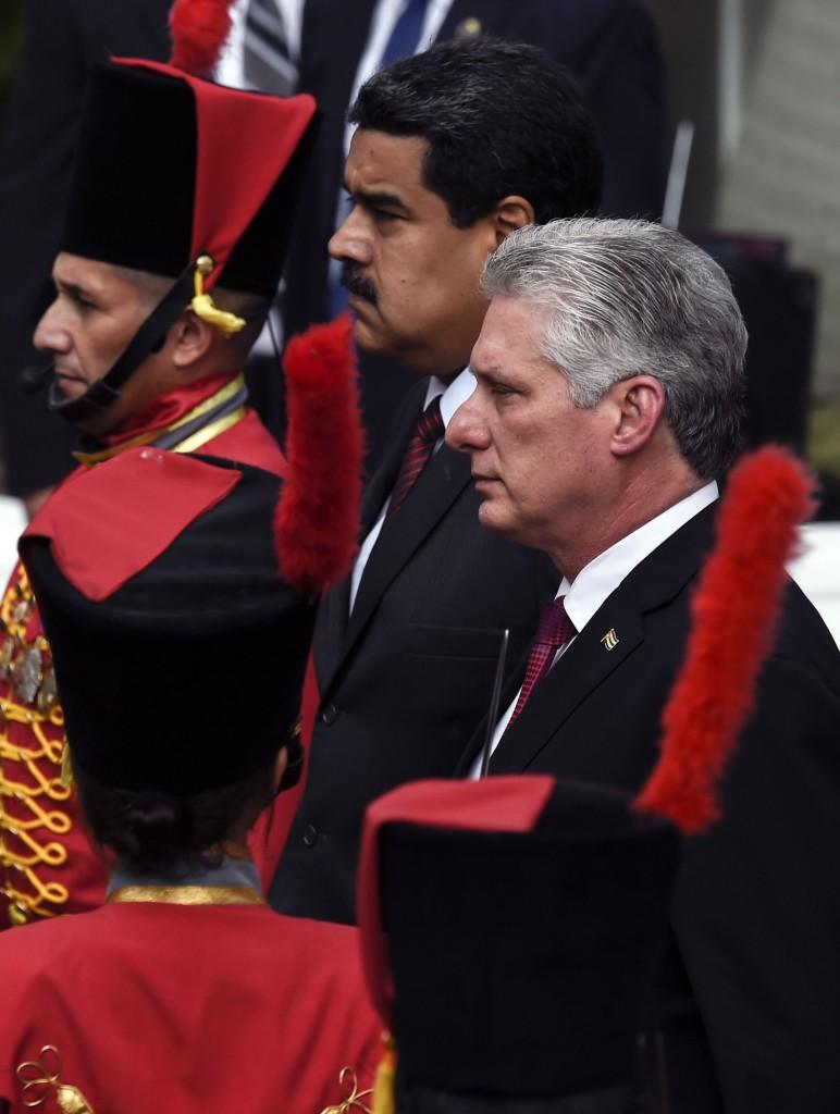 il presidente cubano Canel e Maduro