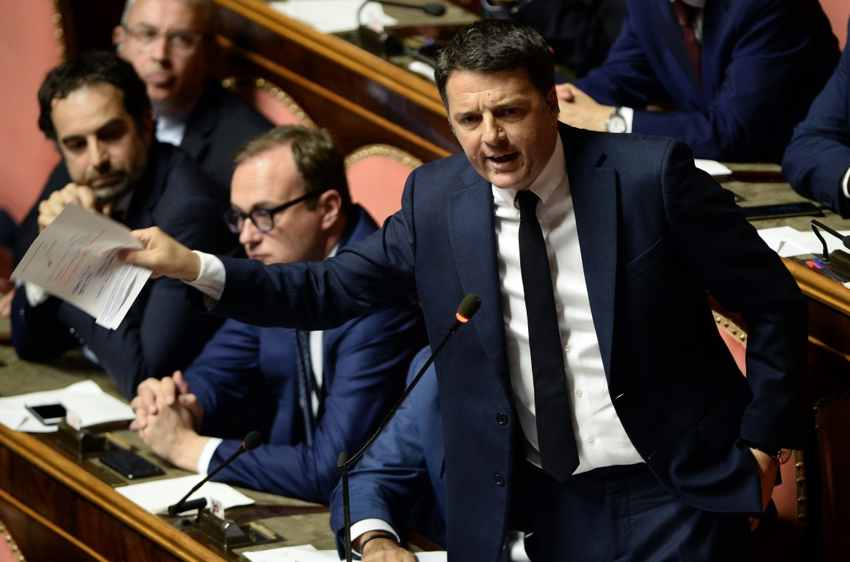 Matteo Renzi interviene in senato