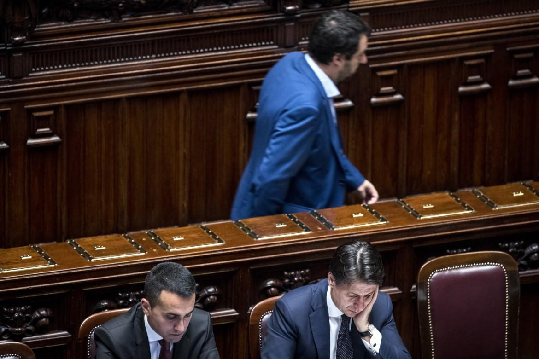 Matteo Salvini lascia Montecitorio prima della replica del premier
