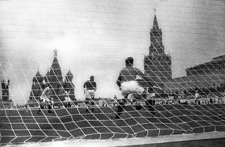 La partita Spartak e Dinamo che ebbe luogo sulla piazza Rossa nel 1936