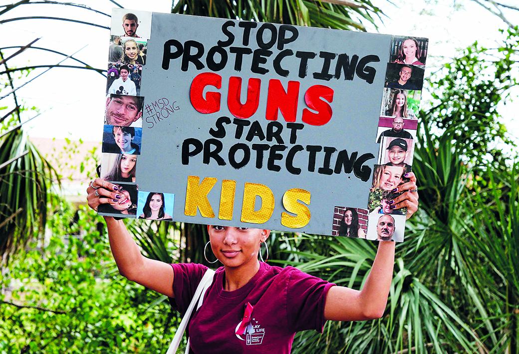 Florida, protesta contro la diffusione delle armi