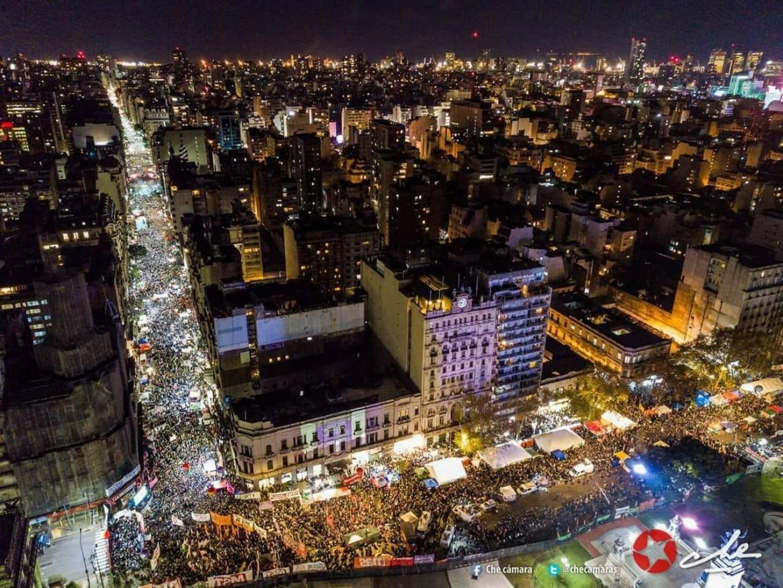 Le manifestazioni 'verdi' a favore della legalizzazione dell'aborto ieri a Buenos Aires