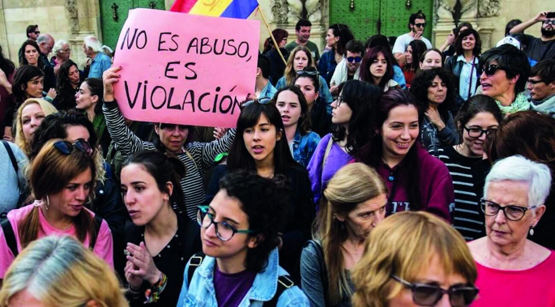 Manifestazione contro la sentenza per lo stupro di Pamplona